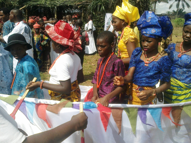 secondary-school-students-exhibiting-their-cultural-inheritance-64