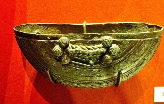 10th-century-ritual-vessel-igbo-ukwu-740x470